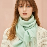 The Classic Wool Scarf - Pistachio