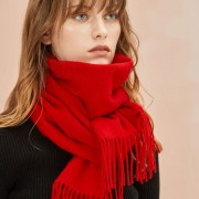 The Classic Wool Scarf - Raving Red